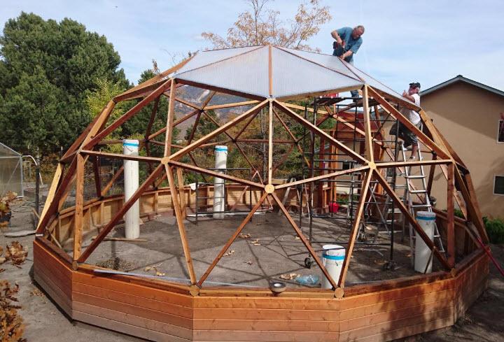Geodesic solawrap greenhouse